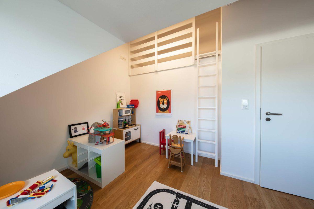 Kinderzimmer im Haus KLE von der Bermüller+Niemeyer Architekturwerkstatt.
