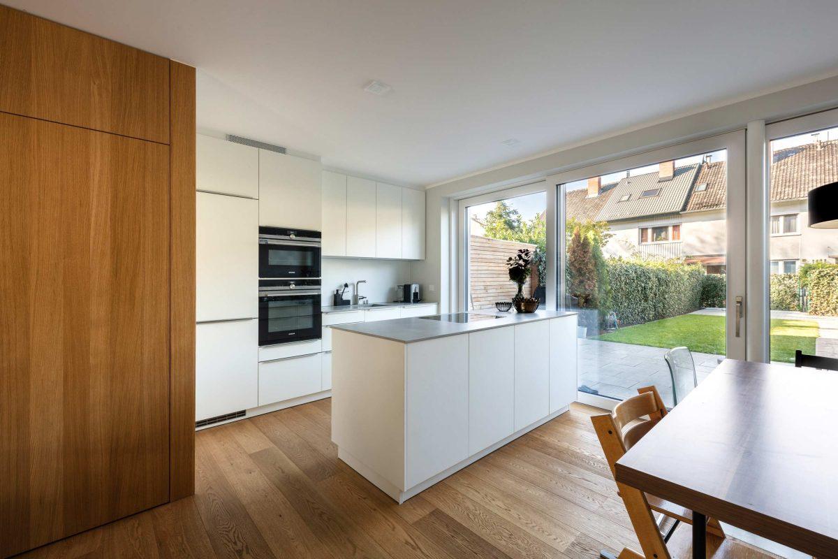 Die neue Küche für das Haus KLE von der Bermüller+Niemeyer Architekturwerkstatt.