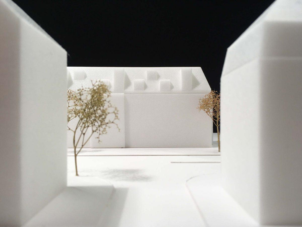 Das Konzeptmodell von Bermüller+Niemeyer Architekten für die Erweiterung im Dachbereich der Mehrfamilienhäuser in der Frankenstrasse Nürnberg.
