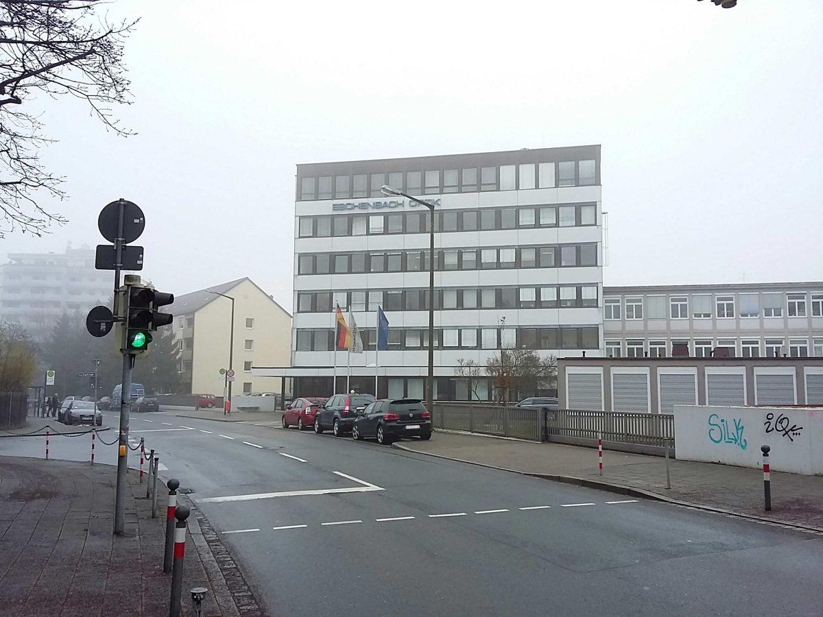 Das Bestandsgebäude des Eschenbach Optik Konzerns in der Schopenhauerstr. in Nürnberg.